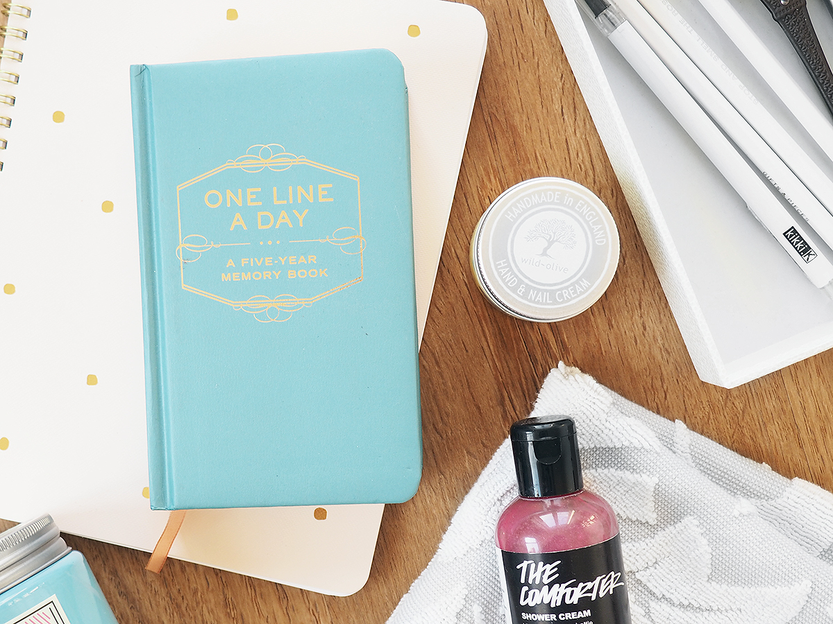 Currently Loving: Bubble Baths, Scented Candles and List Making