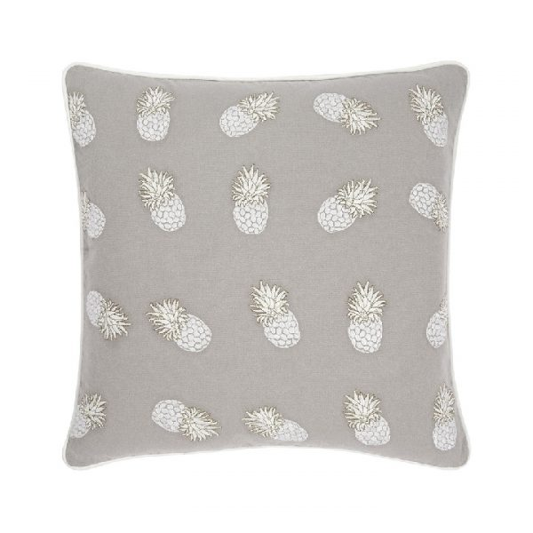 elizabeth-scarlett-ananas-cushion-45x45cm-cloud